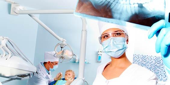 Trabaje como Higienista Dental en Clínicas Dentales como Auxiliar de Odontología